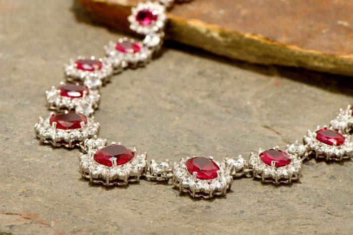 kalung berlian pretty woman
