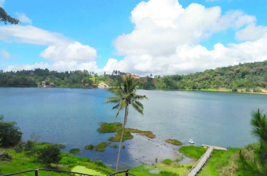 Danau Linow Lahendon