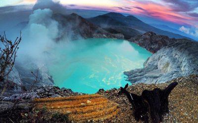 Kawah Ijen Destinasi Wisata Mendunia