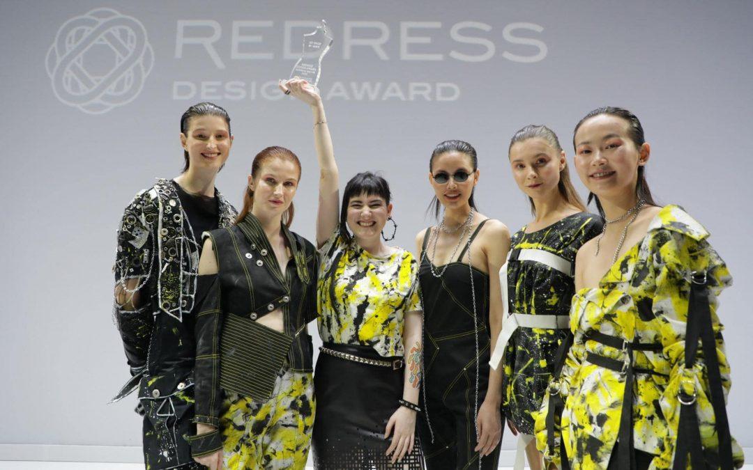 Tess Whitfort Desainer Punk Pemenang Redress Award