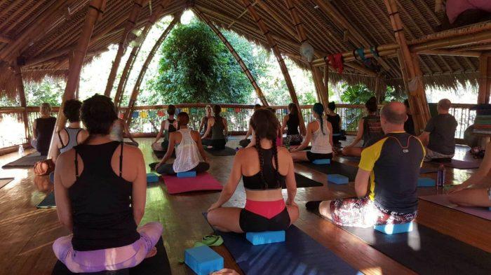 Free Yoga Class in bali yoga gratis di bali