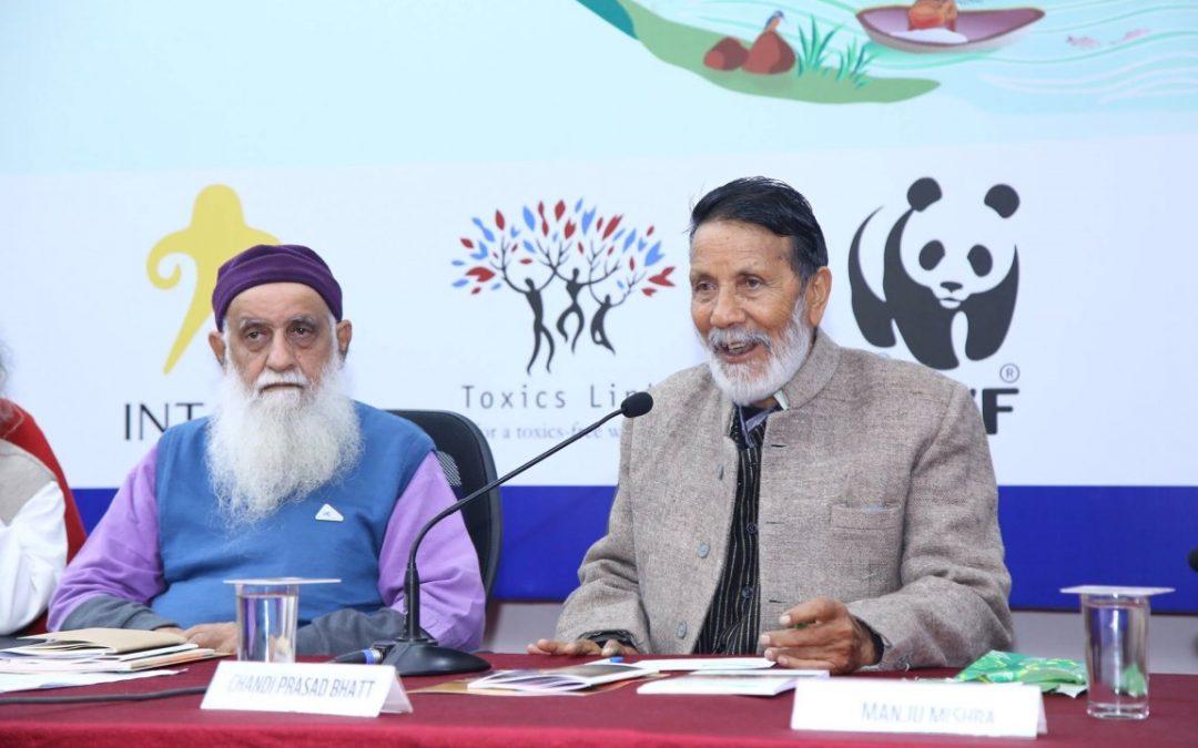 Gerakan Memeluk Pohon dari Chandi Prasad Bhatt